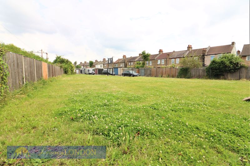 Mayfield Crescent