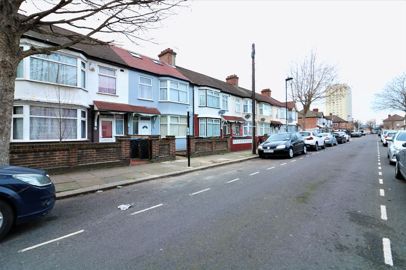 Woolmer Road