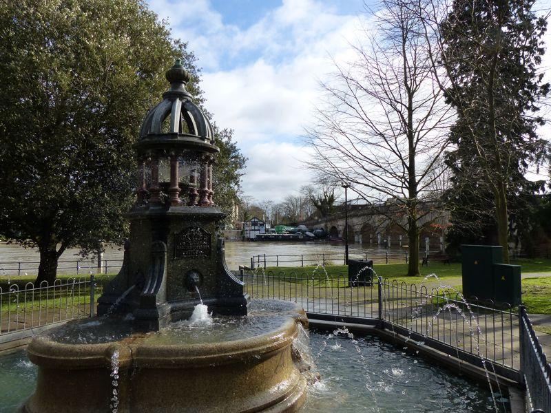 Bath Road Taplow