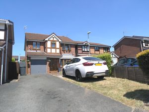 Oakdale Close Pensnett