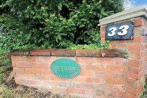 33 Bromsgrove Road