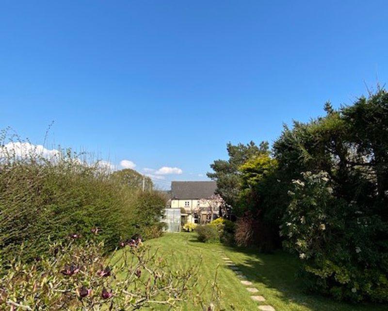 Village Road Woodbury Salterton