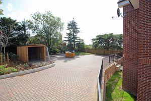 4 Rectory Park