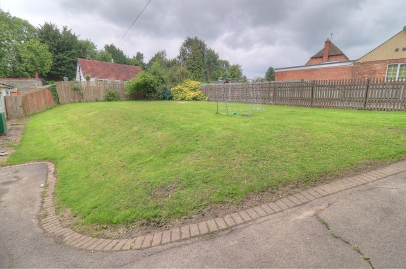 Bullocks Farm Lane Wheeler End
