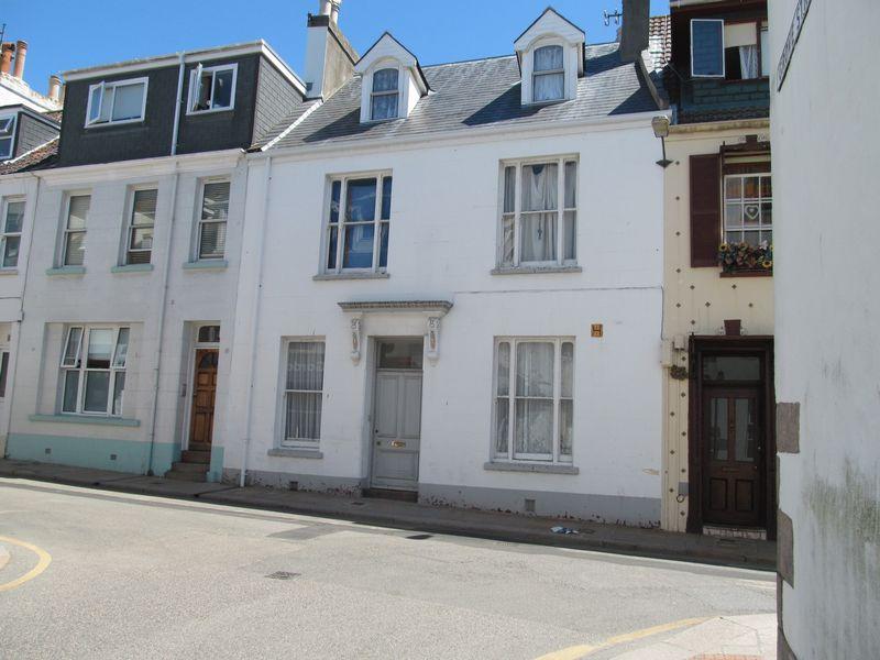 112 Halkett Place St Helier