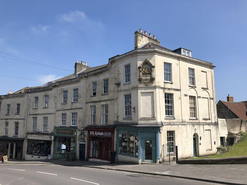 7 Bath Street
