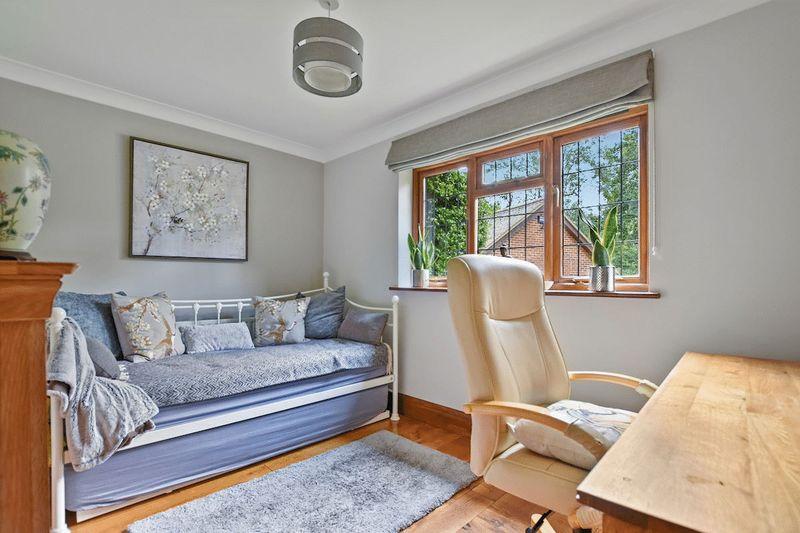 Guest bedroom/reception
