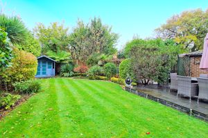 Fernhurst Gardens Aldwick