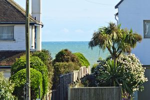 Southdean Drive Middleton On Sea
