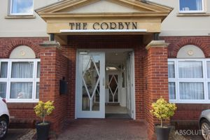 Corbyn Apartments, Torbay Road