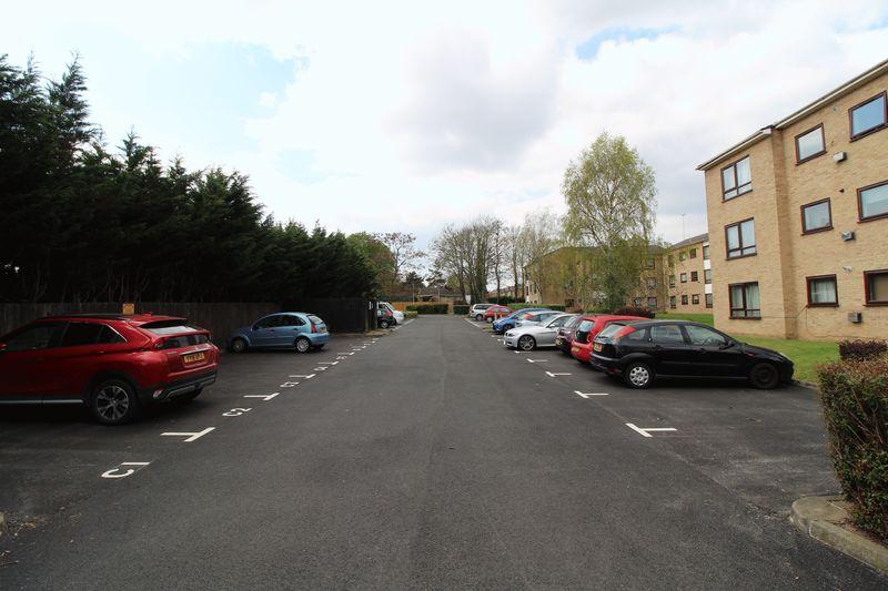 Avenue Road