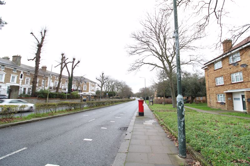 Woolwich Road