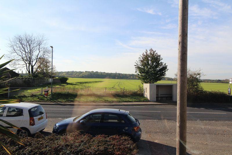 Barn End Lane Wilmington