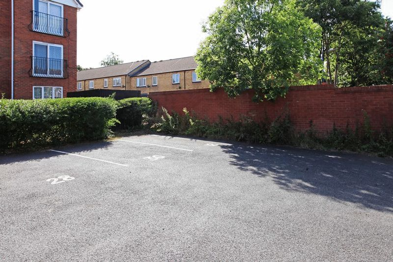 Rothwell Close St. Georges