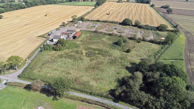 Woodhouse Lane Redhill