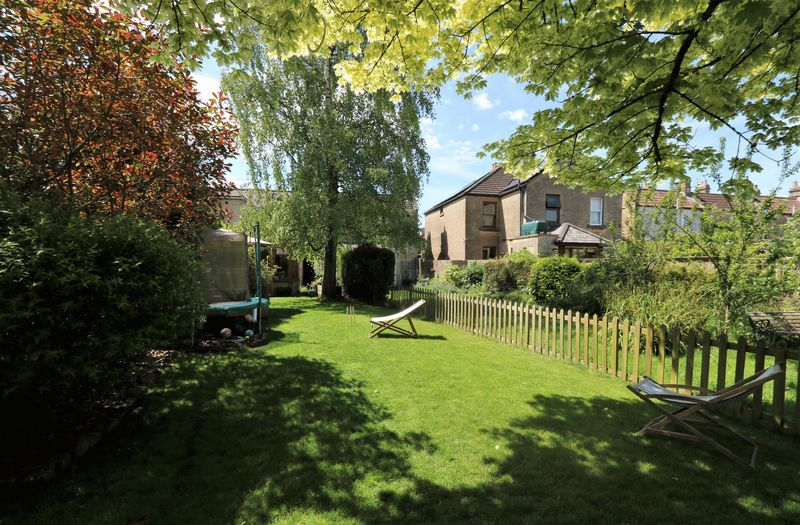 Gladstone Place Combe Down