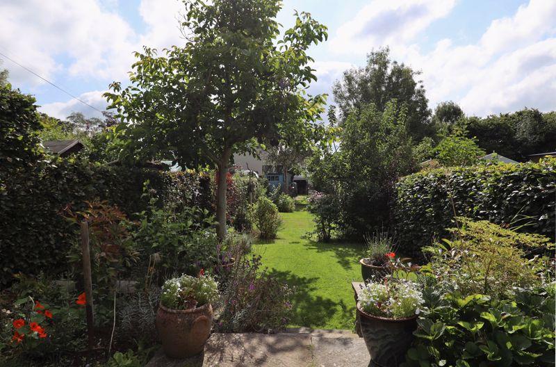 Broadmoor Lane Weston
