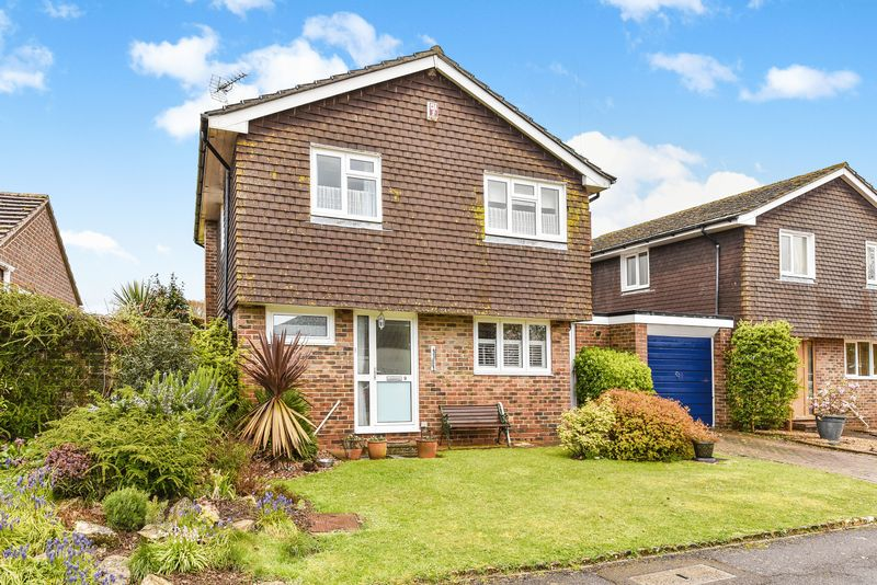 Dolphin Close Fishbourne