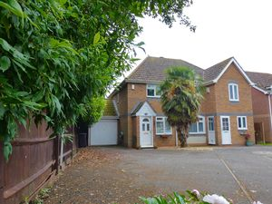 Churchwood Drive Tangmere