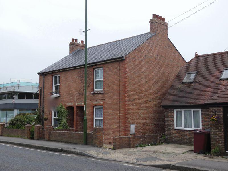 Westhampnett Road
