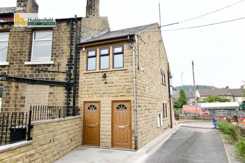 Old Wakefield Road Moldgreen