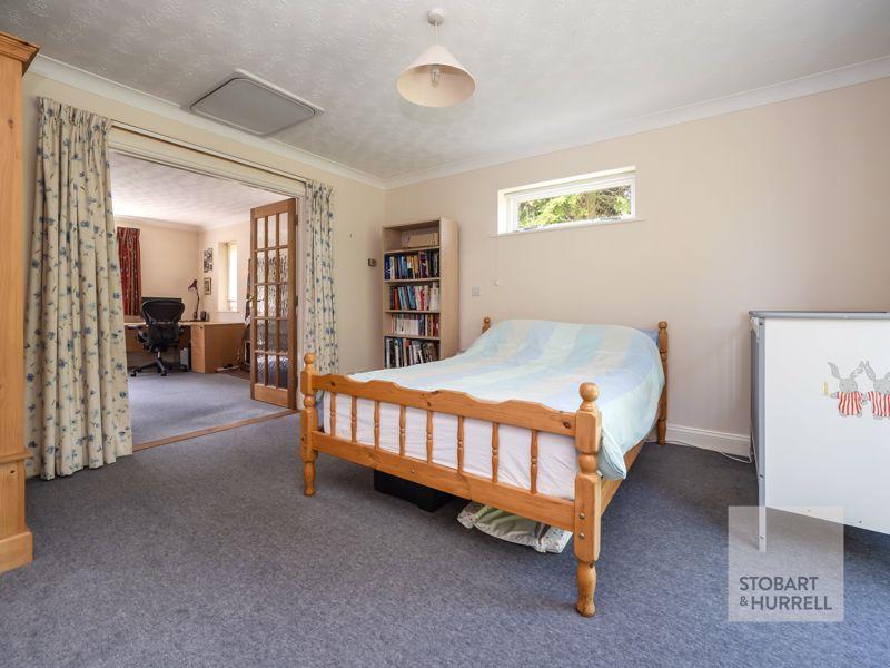Annexe Bedroom To lounge