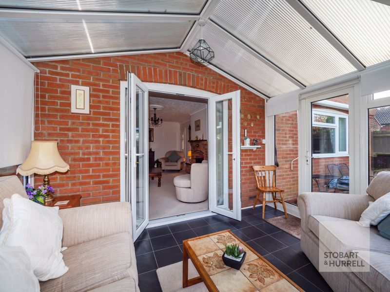 Conservatory Through To Lounge