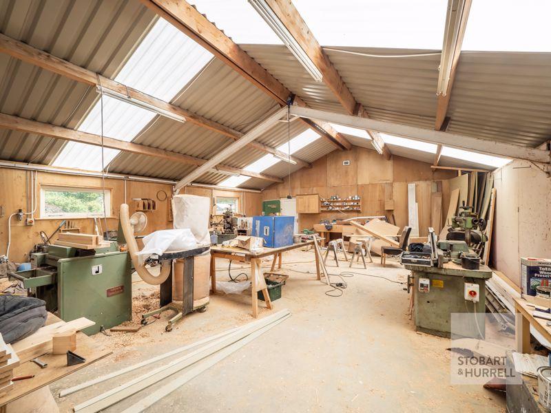 Inside Workshop Alternative