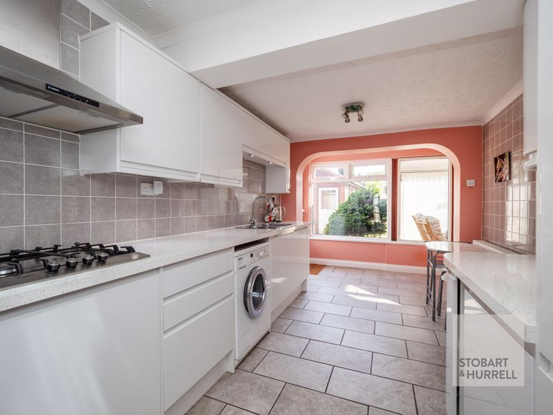 Kitchen/Breakfast Room Alternative