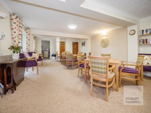 Former Picture of Resident's Lounge Alternative