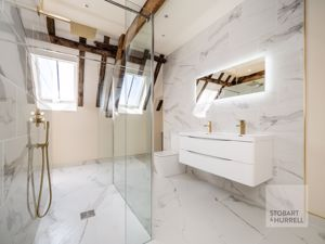 Bedroom 1 En-Suite Alternative