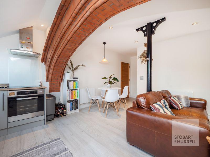 Kitchen Through To Lounge Diner