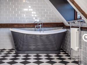 Hall Bedroom 2 Bath