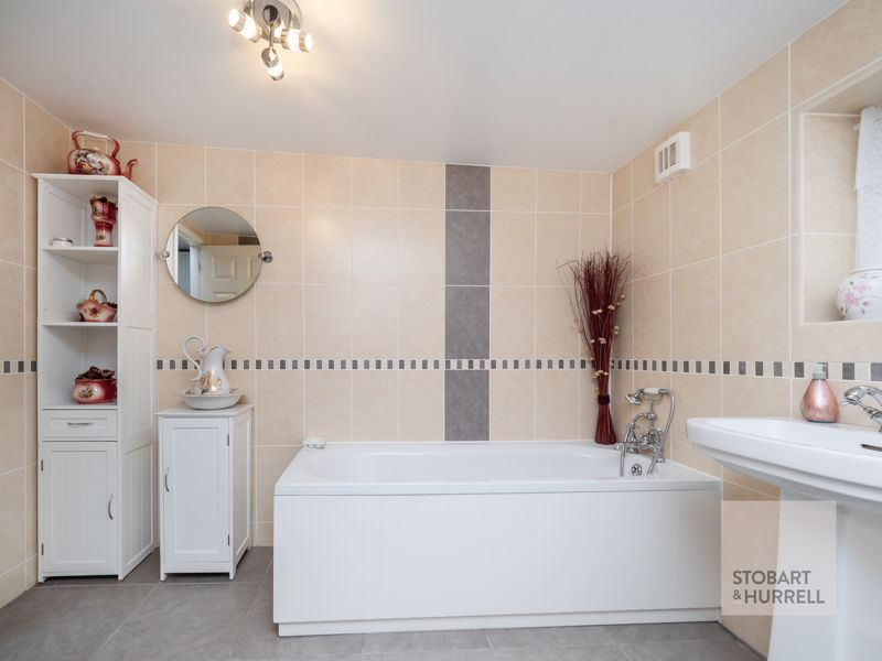 Annex Bathroom 2