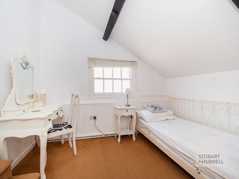 Guest Bedroom 1 Dressing Room