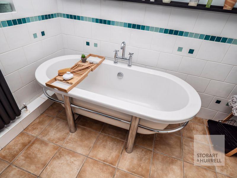 Feature Bath