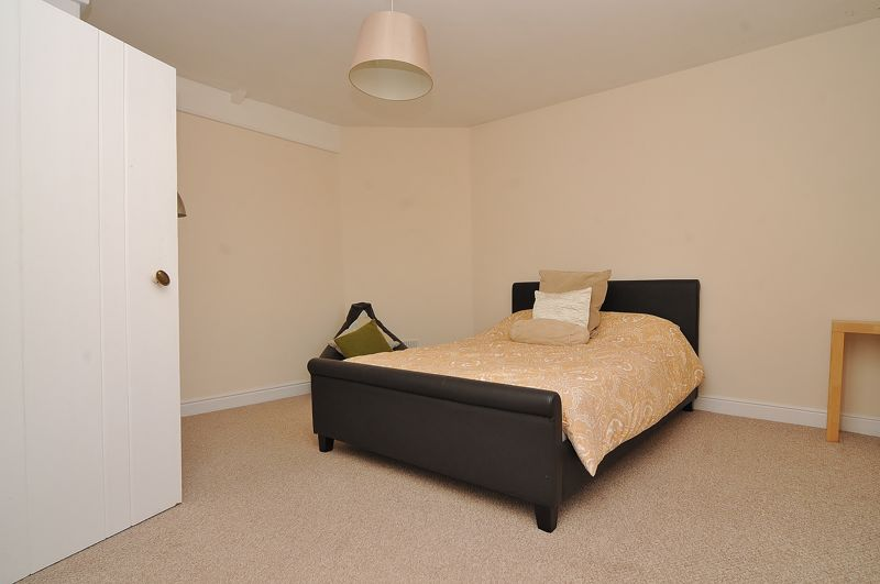 Coach House Bedroom 2