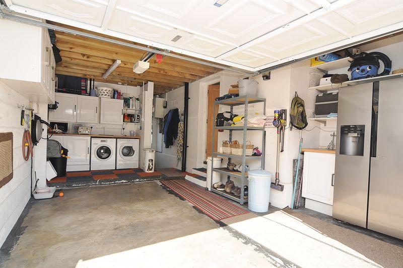 Garage/Utility