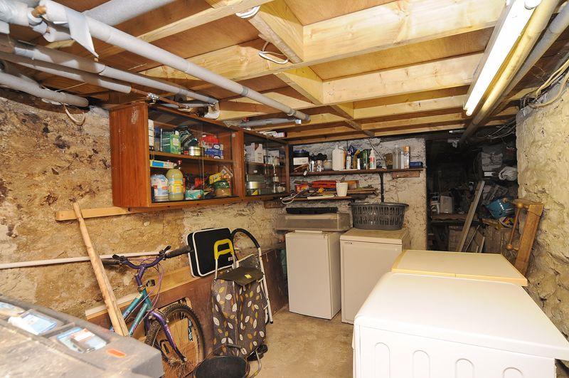 Cellar/Basement
