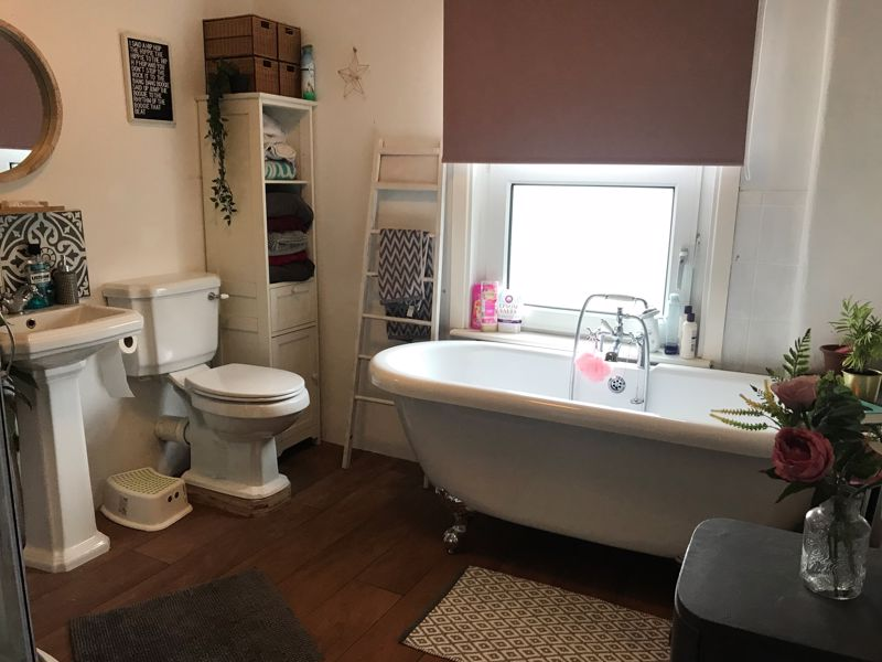 Bathroom (Owner Picture)
