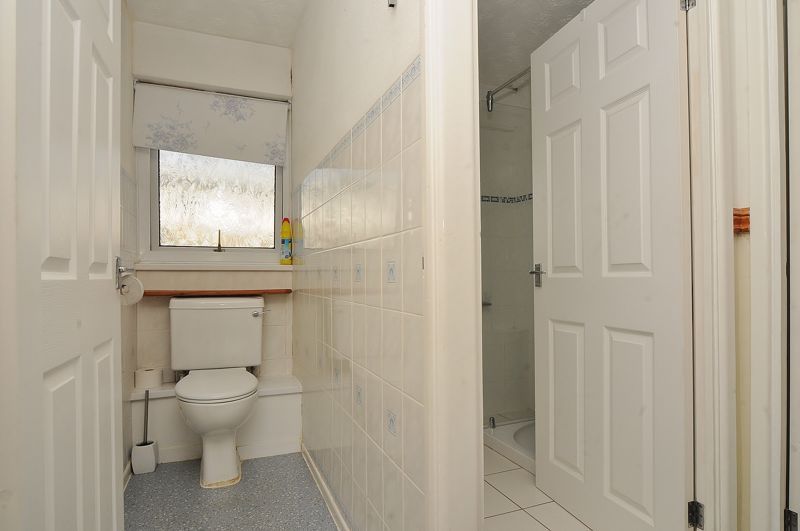 Separate Wc & Shower Room