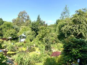 Tresamble Hill, Pelean Cross Ponsanooth