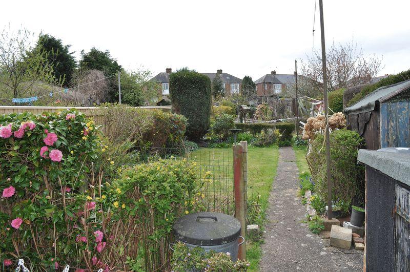 Cowick Lane