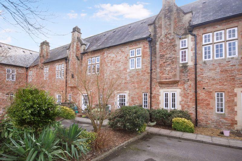 West Court South Horrington Village