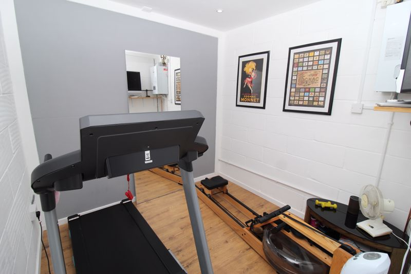 Home Gym Space In Garage