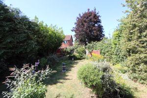 Dovehouse Close Bromham