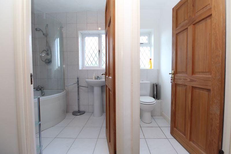 Family Bathroom + Toilet