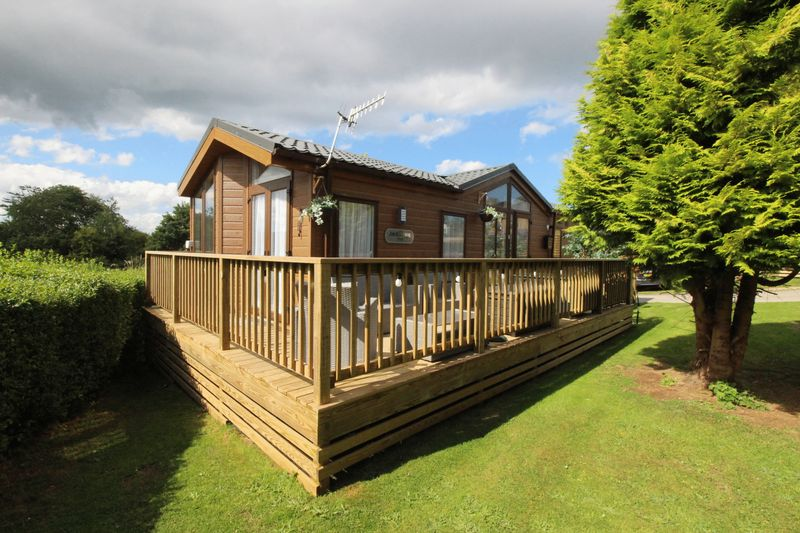 2 Applegrove Lodges Burniston
