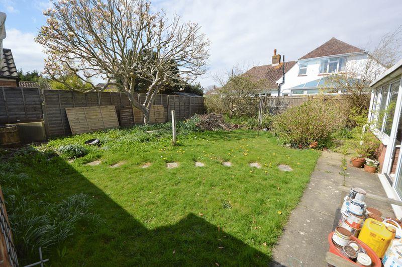 Longmead Gardens