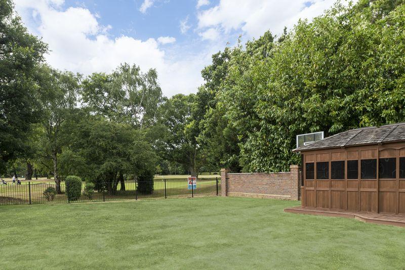 Links Avenue Gidea Park